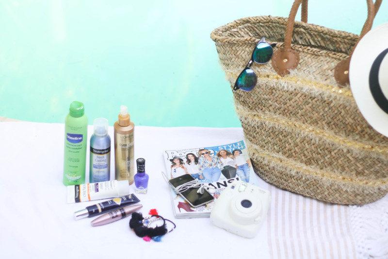 Beach Bag Essentials (6 of 10)