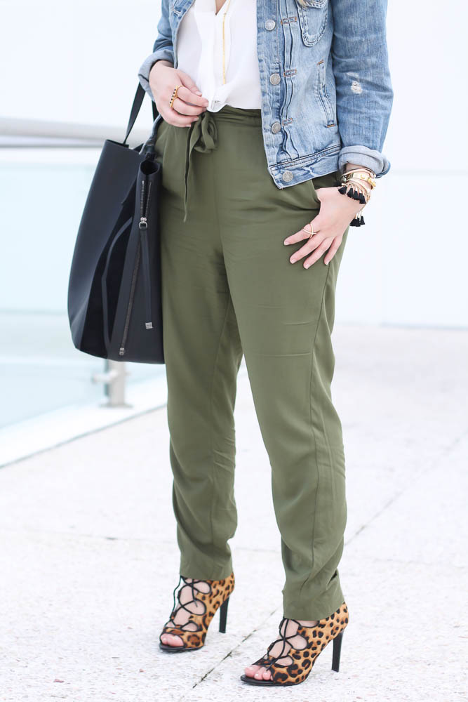 Old Navy Olive Joggers (3 of 11)