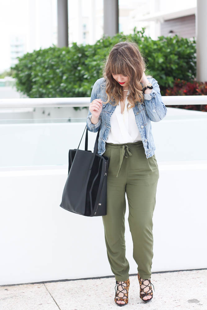 Old Navy Olive Joggers (7 of 11)