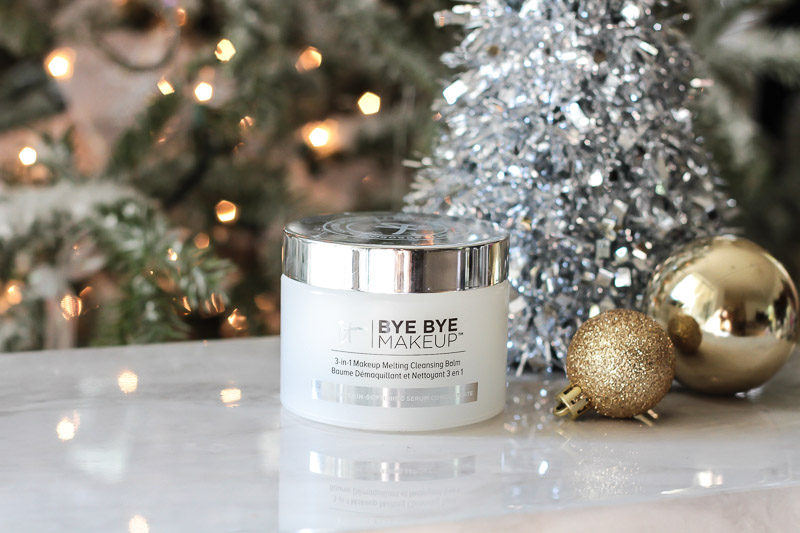 IT Cosmetics Bye Bye Makeup review by Miami beauty blogger Stephanie Pernas