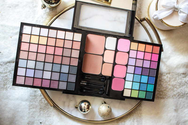 NYX Cosmetics Night on the Town palette