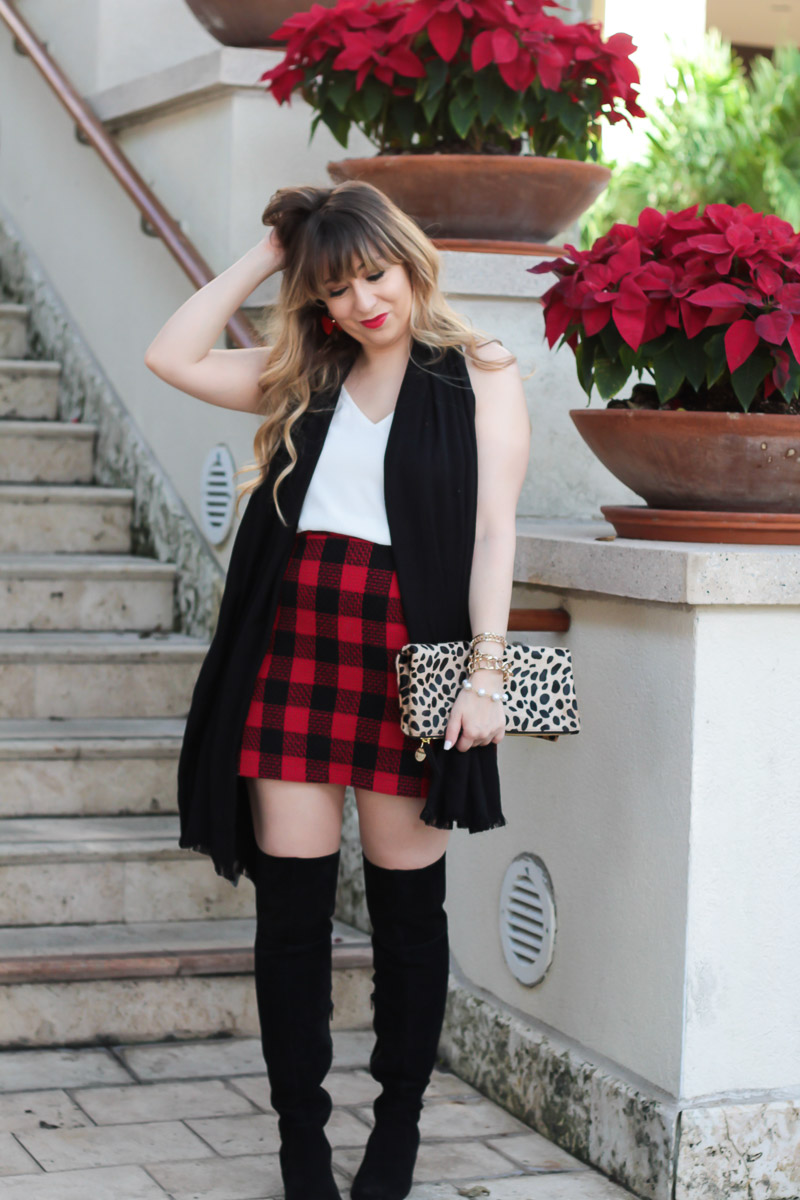 Plaid skirt holiday outfit-6