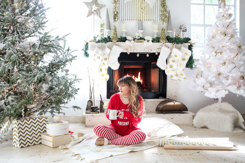 Miami fashion blogger Stephanie Pernas wearing cute Christmas pajamas for a fun Christmas day outfit idea
