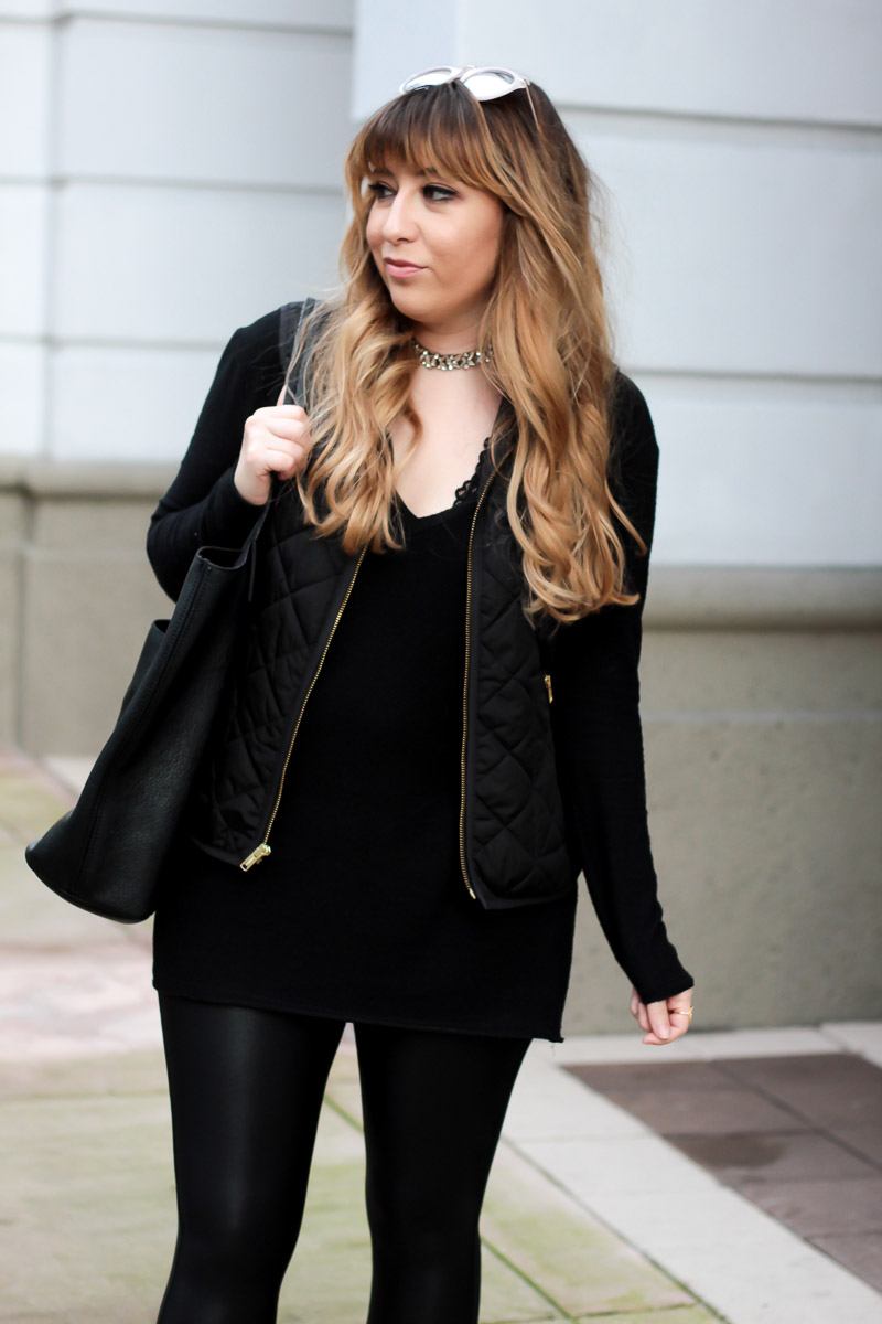 Spanx leather leggings + black tunic- Casual black outfit_-4