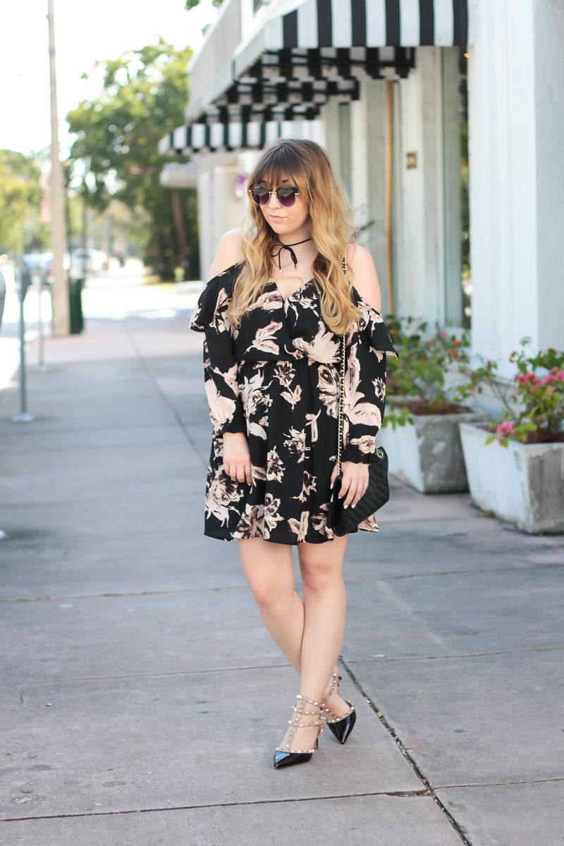 Miami fashion blogger Stephanie Pernas wearing a Bloomingdale's Aqua floral dress