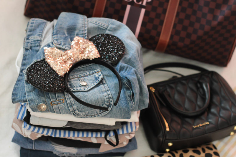 Miami fashion blogger Stephanie Pernas gives tips on what to pack for a weekend in Walt Disney World