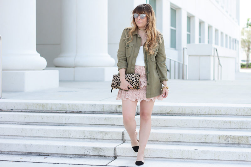 Miami fashion blogger Stephanie Pernas styles a blush lace skirt outfit