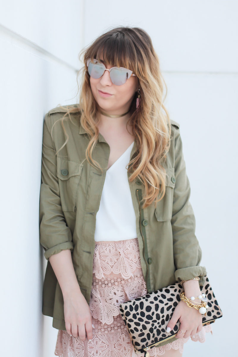 Miami fashion blogger Stephanie Pernas wearing Fantaseyes sunglasses and a lace skirt