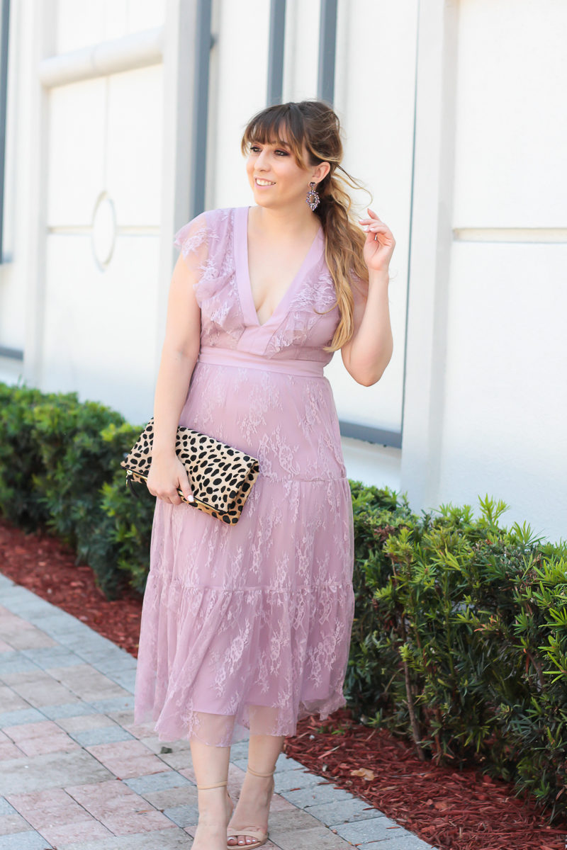 Miami fashion blogger Stephanie Pernas wearing a lilac lace dress, perfect for Easter.