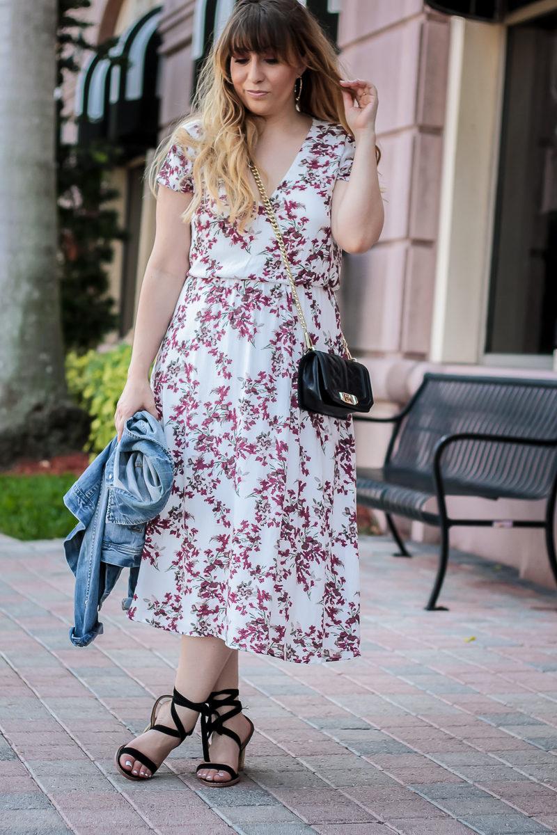 Miami fashion blogger Stephanie Pernas wearing a Wayf floral midi dress