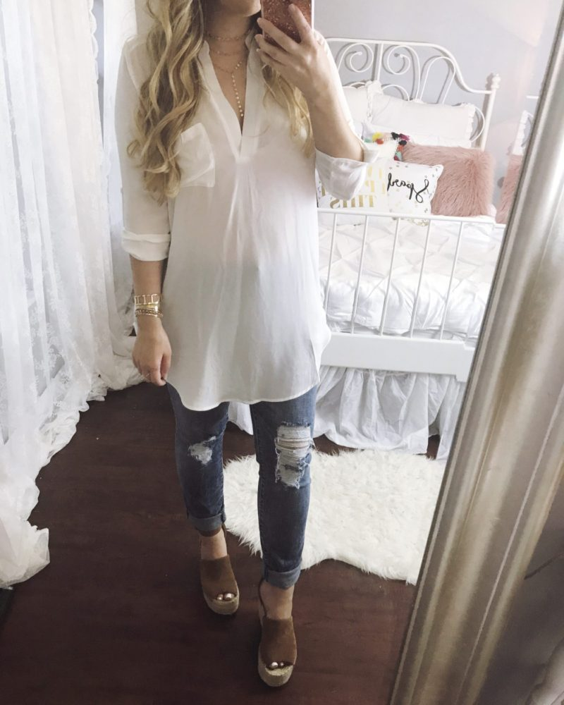 Miami fashion blogger Stephanie Pernas wearing a Lush top + STS Blue Piper jeans
