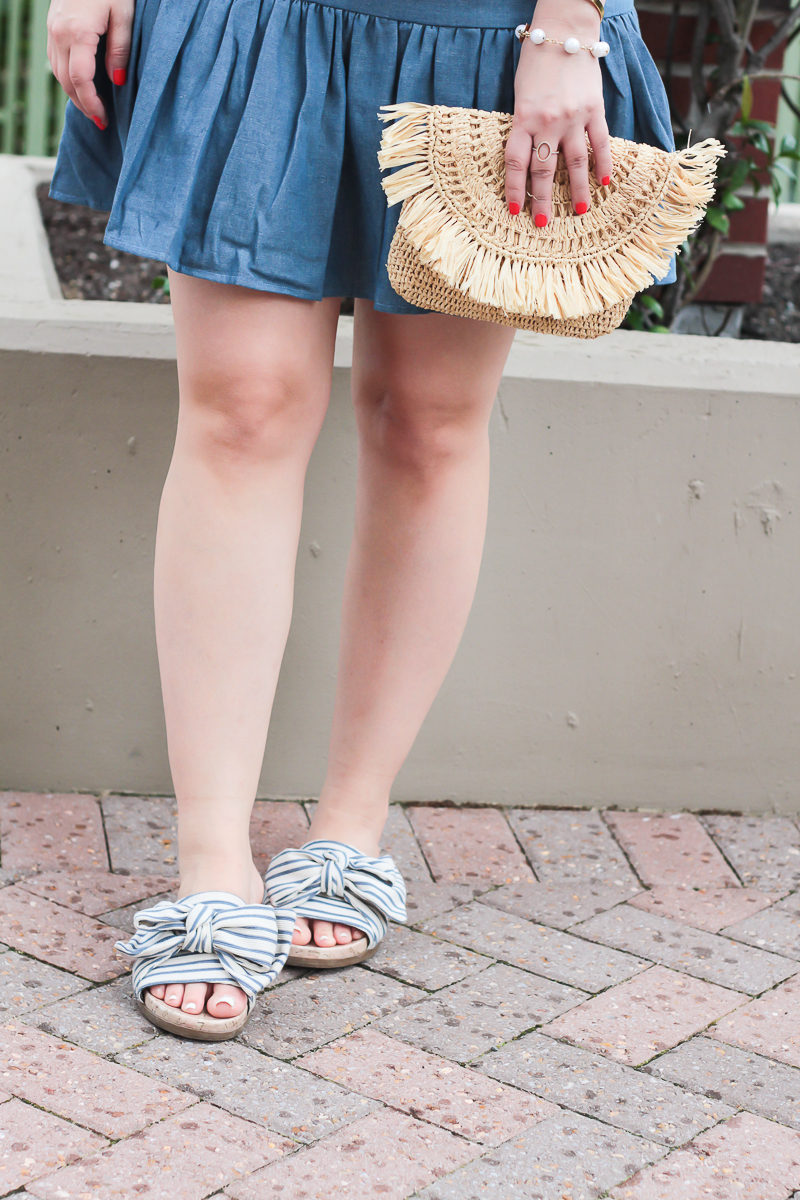 Miami fashion blogger Stephanie Pernas wearing stripe bow slides and a chambray dress for July 4th