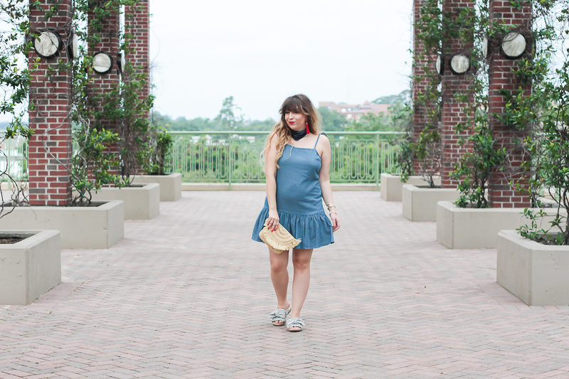 Miami fashion blogger Stephanie Pernas wearing a chambray dropwaist dress for 4th of July