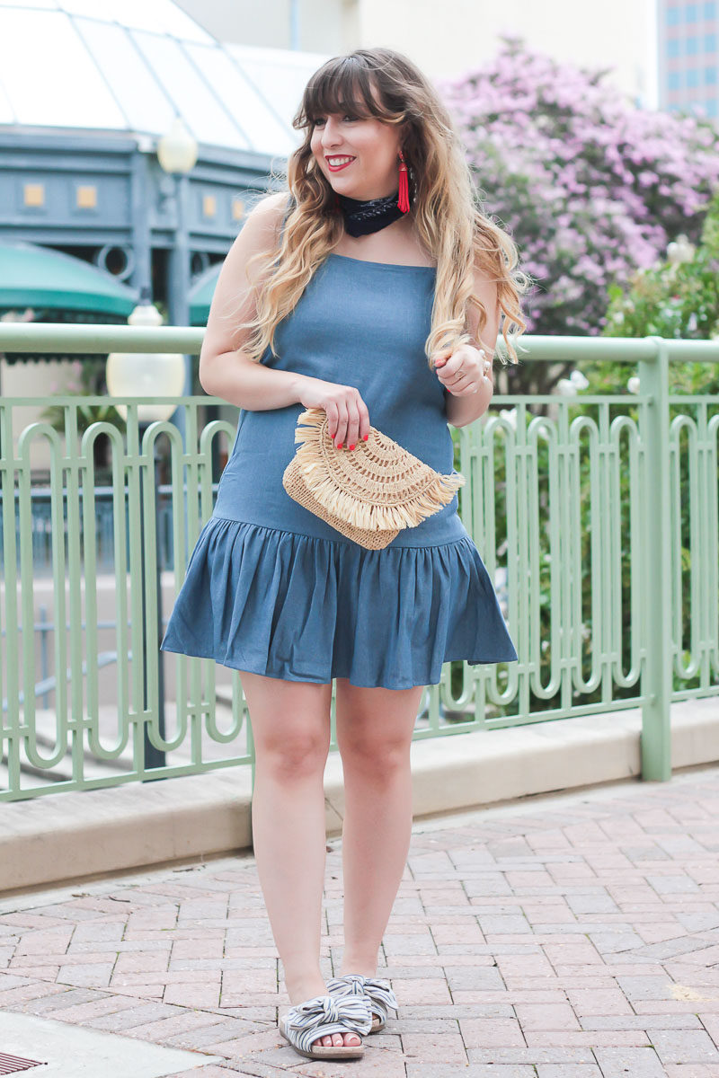 Miami fashion blogger Stephanie Pernas styles a chambray dress for a red, white, and blue outfit idea for juLY 4TH