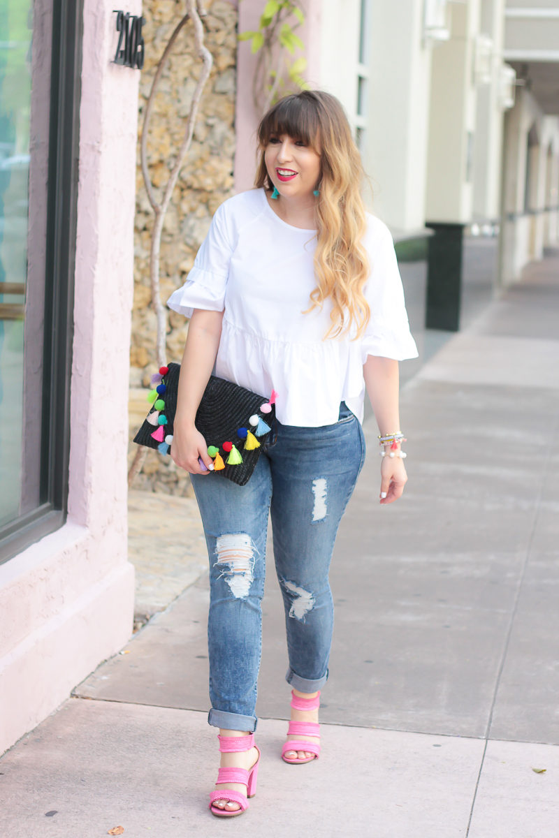 Miami fashion blogger Stephanie Pernas styles a casual jeans and heels outfit idea