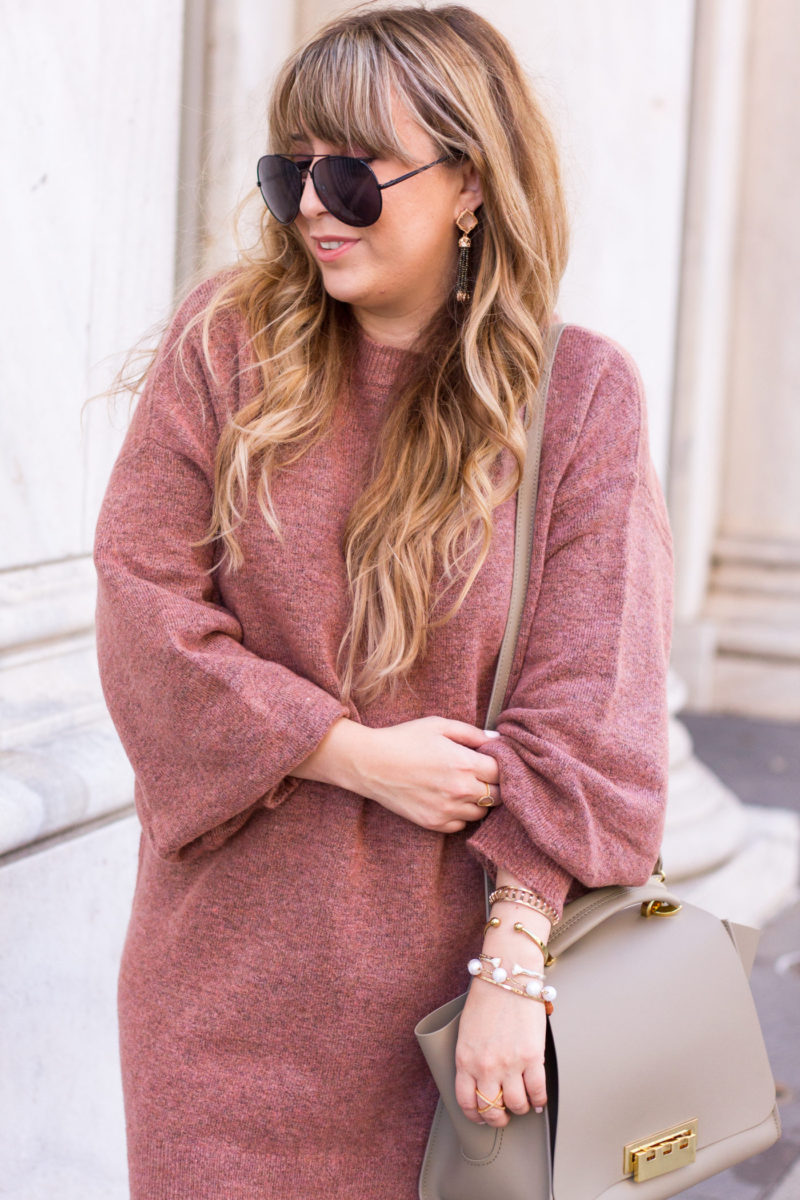 Oversized sweaterdress and aviators for fall