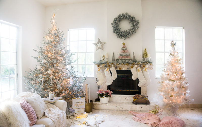 Holiday Living Room Decor Inspiration
