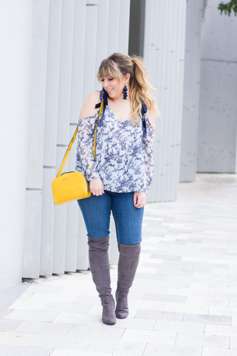 Jeans and boots outfit idea