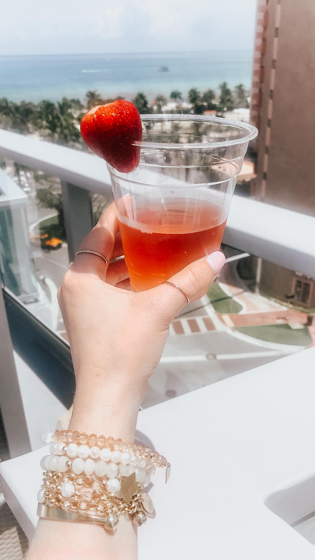 AC Hotel Miami Beach Rooftop pool-14