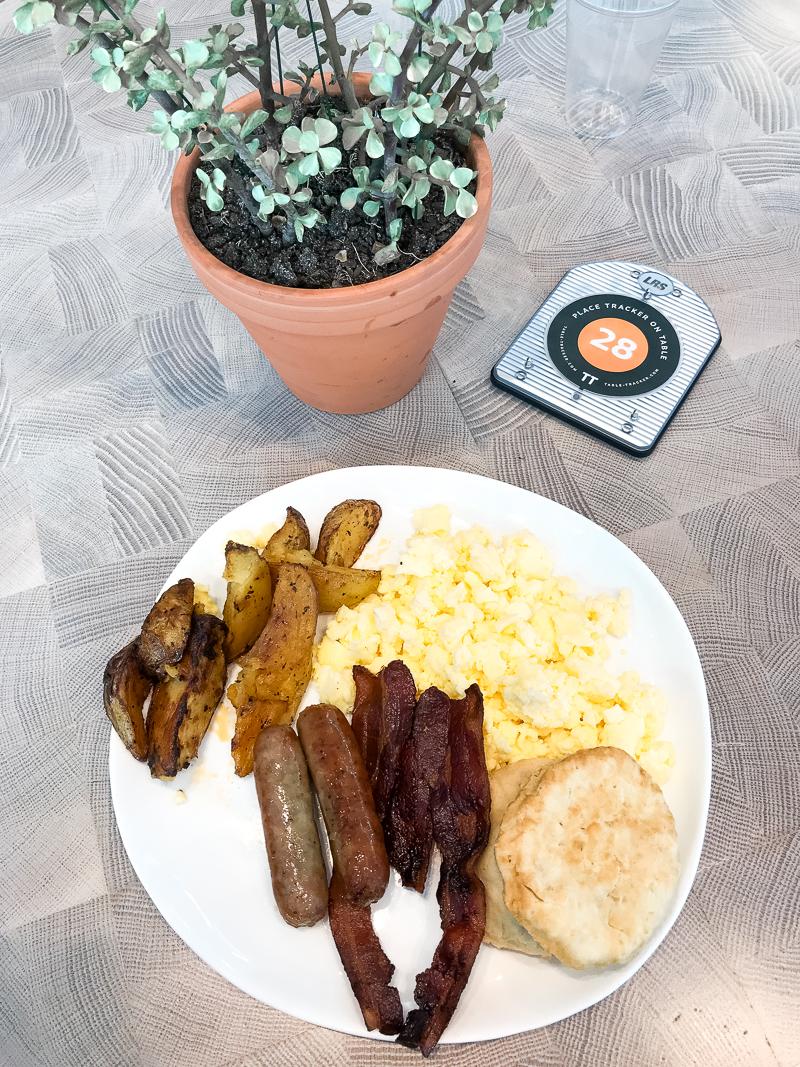 Universals-Aventura-Hotel-Review-Travel-Diary-Urban-Pantry-Breakfast