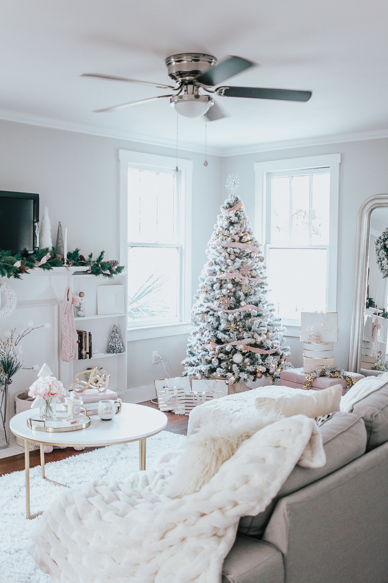 Holiday Home Tour- Glam Holiday Living Room-25