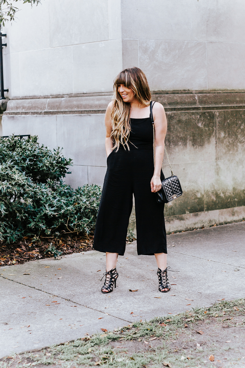 How to Style a Black Jumpsuit – black jumpsuit outfit ideas-14