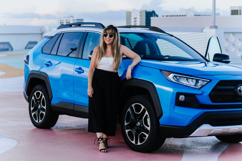 2019-Toyota-RAV4-27