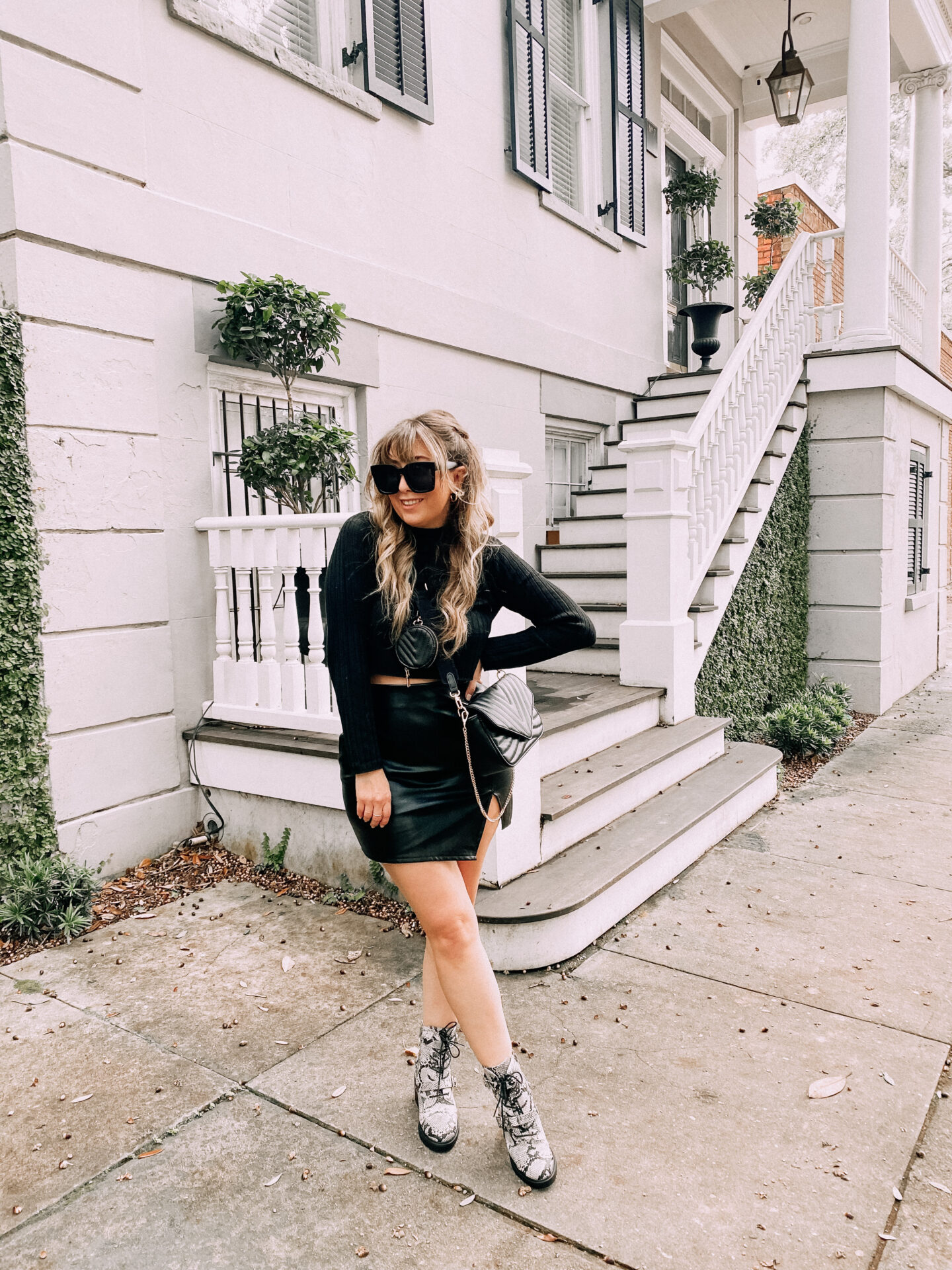 Fall Outfit. – Monochromatic black cropped turtlenecka nd leather skirt