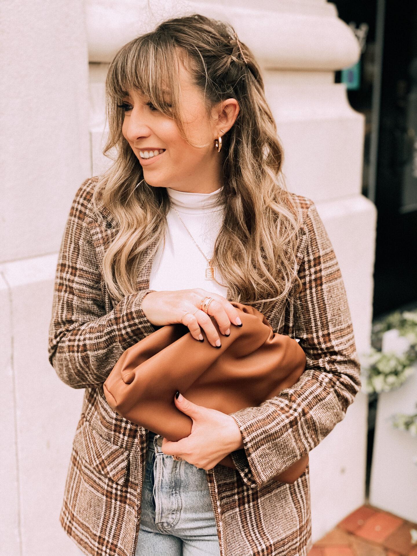 plaid blazer fall outfit idea