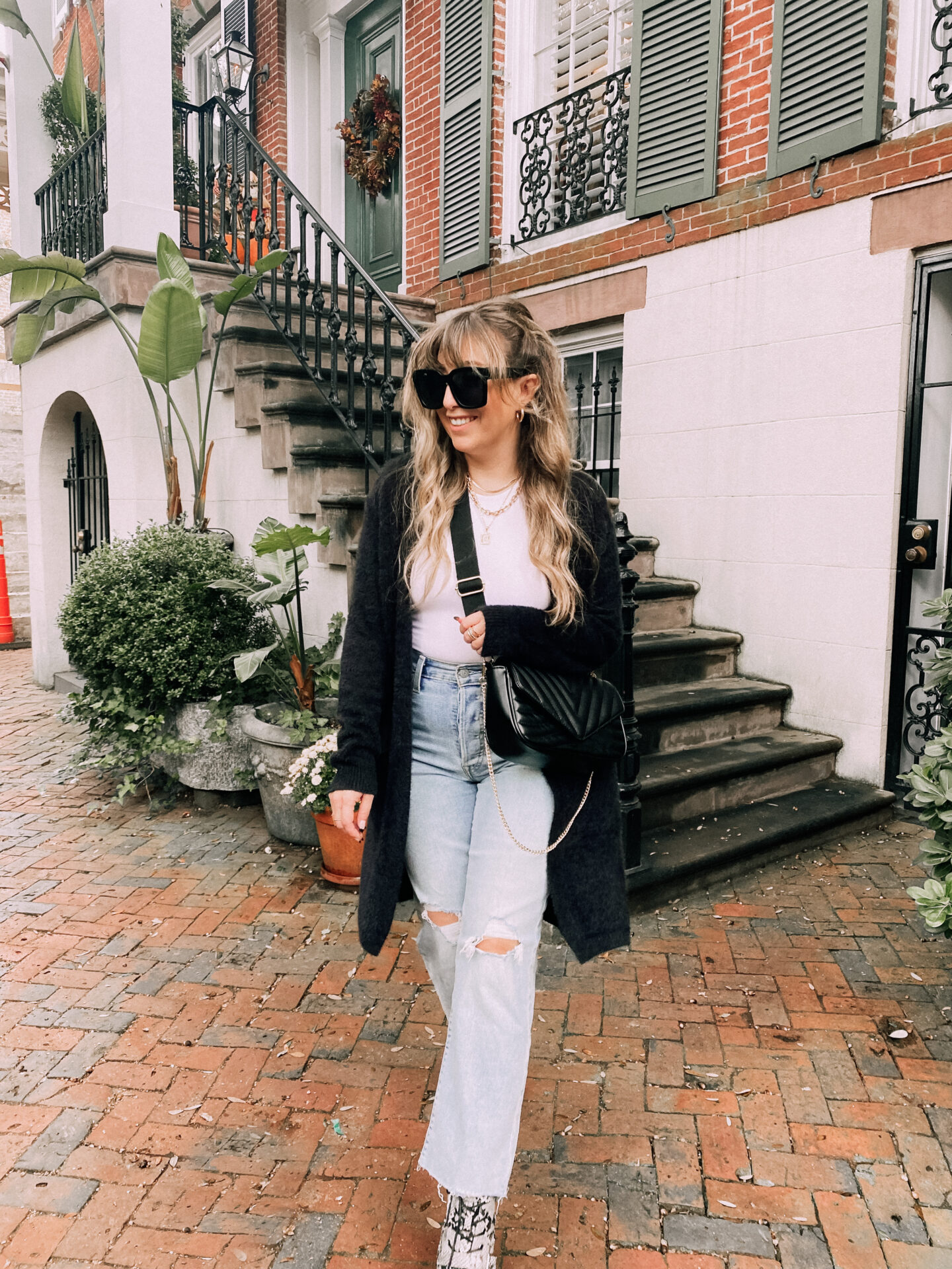 fall outfit idea – bodysuit and cardigan